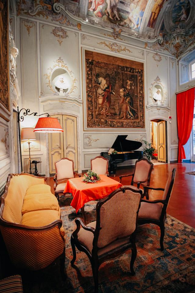 Палаццо Спинола на улице Гарибальди 6 в Генуе