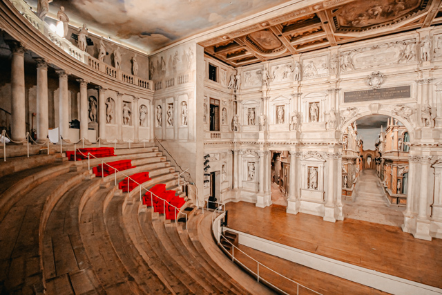 Театр Олимпико в Виченце